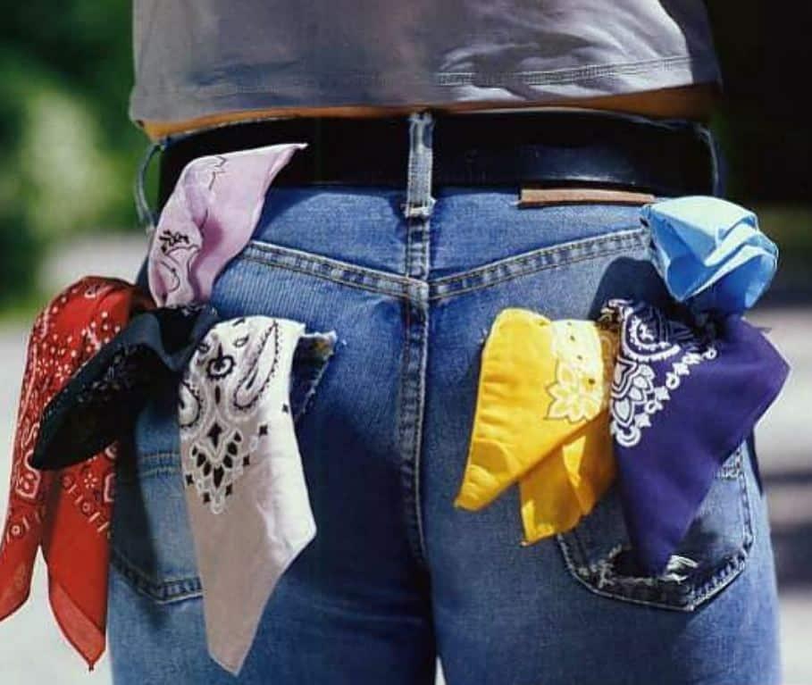 de hanky code: zakdoeken die alles vertellen over je seksleven